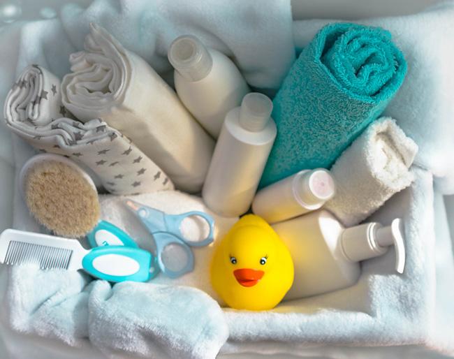 Правильный уход за кожей новорожденного ребенка